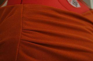 6319 shoulder pleats
