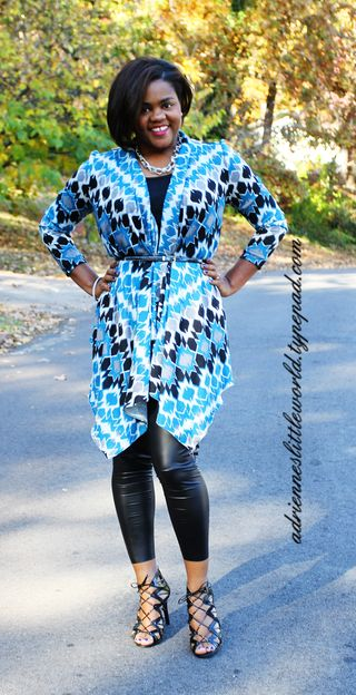 Long cardigan and leather leggings3a