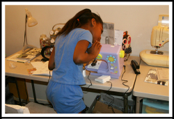 Jaelyn_sewing_machine2